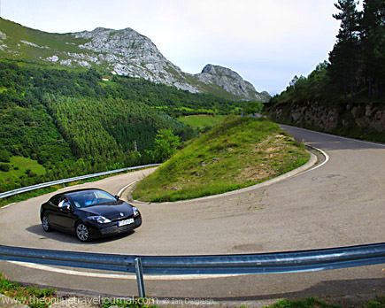 Hairpin Bend b