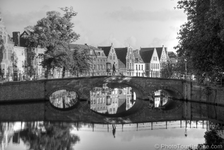 Bridge over cana in Brugesl. Brugge is a timeless place. © PhotoTour Brugge